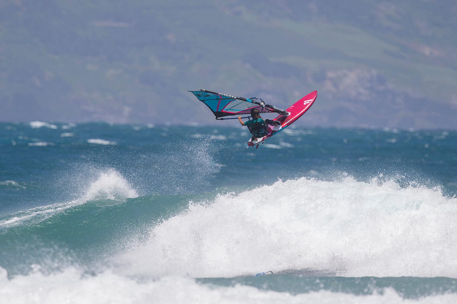 Cesar Grip XS JohnCarter JC F19 Day8 D2 6153